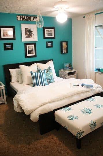 как выглядит бирюзовая спальня