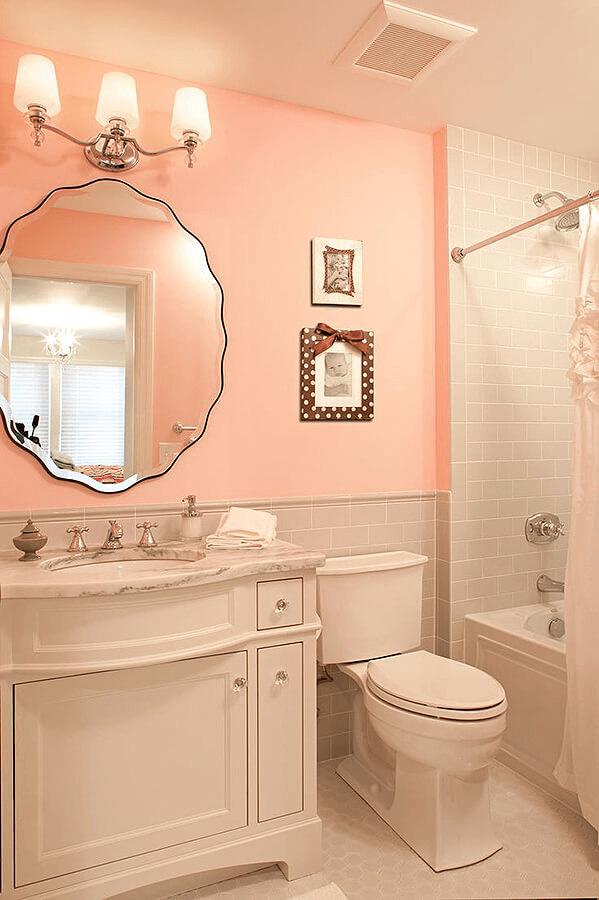 Светлая ванная персикового дизайна