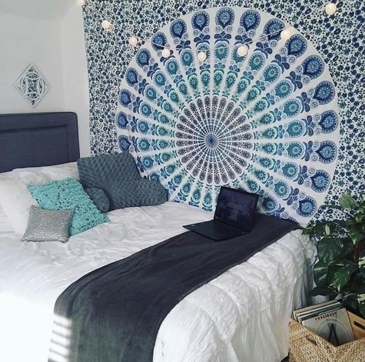 уникальная бирюзовая спальня