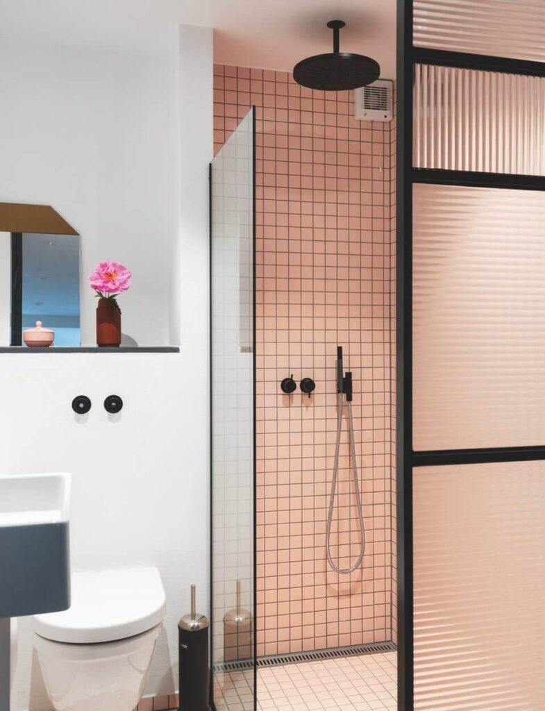 Дизайн персиковой ванной