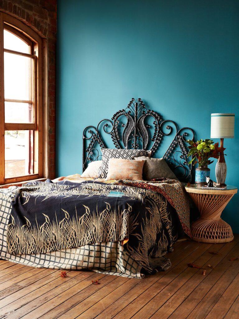 дивная бирюзовая спальня