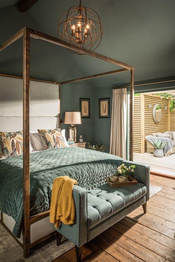 оформление спальни в бирюзовых цветах