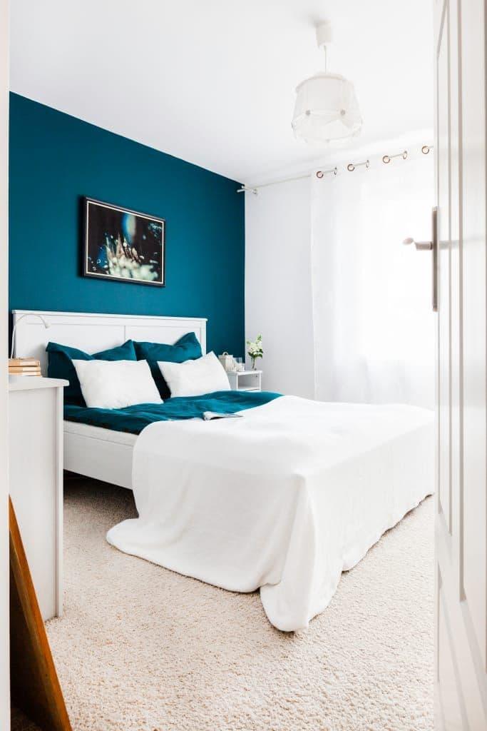 европейская бирюзовая спальня