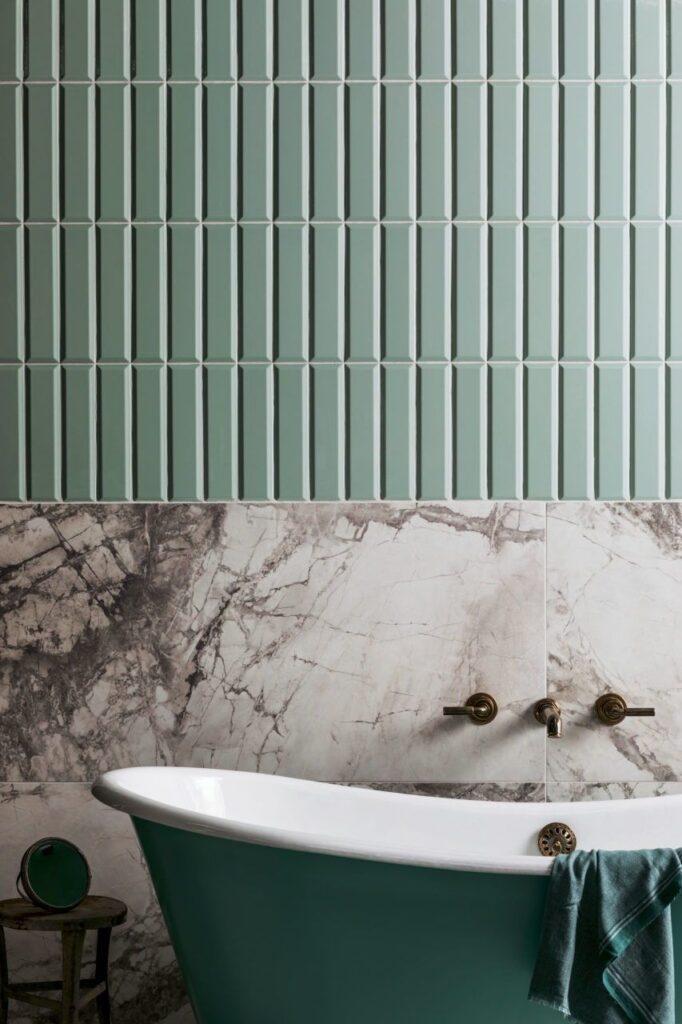 фисташковая ванная в 3-комнатной квартире