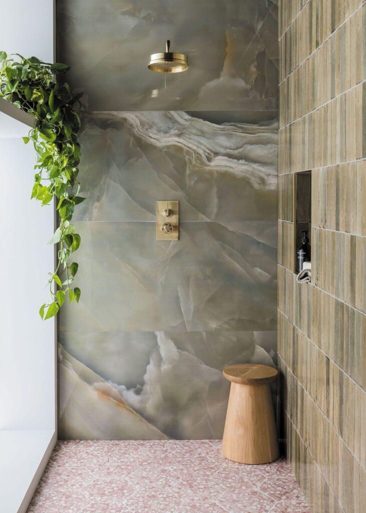 приятная фисташковая ванная