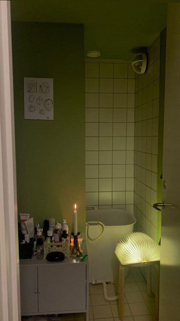 очаровательная фисташковая ванная